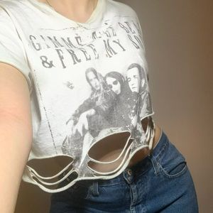 Band cropped distressed top